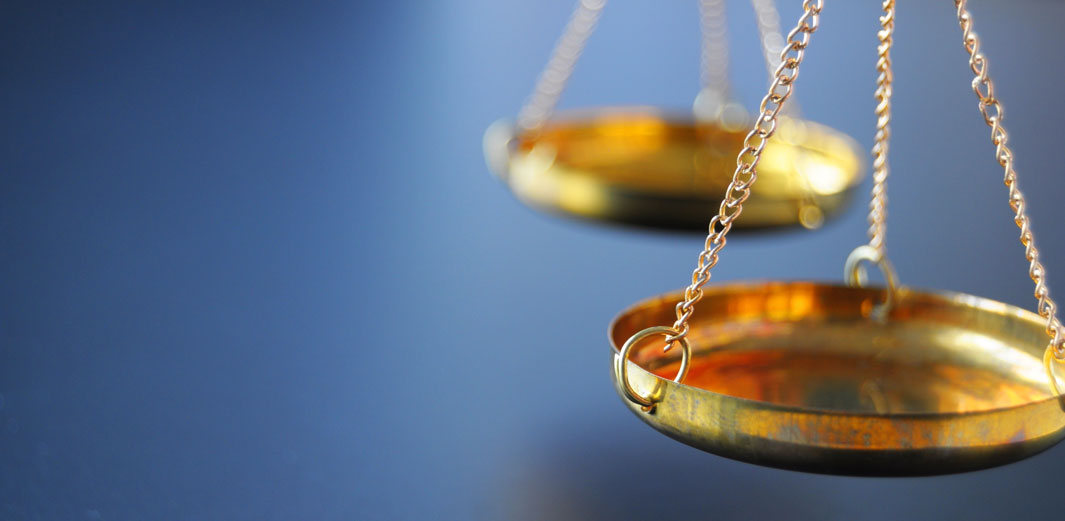 Civil and Commercial Litigation Image